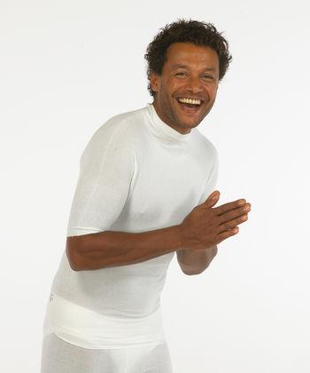 Short sleeved white vest top in viscose for men
